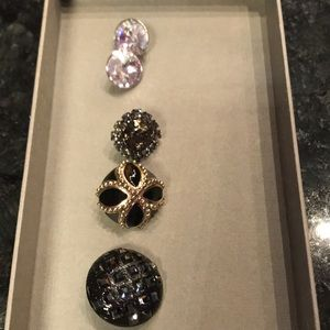 St. John buttons set of 5 with Swarovski crystals